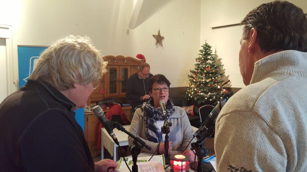 Op 9 december maken wij live kerstradio vanuit buurthuis Ons Honk!